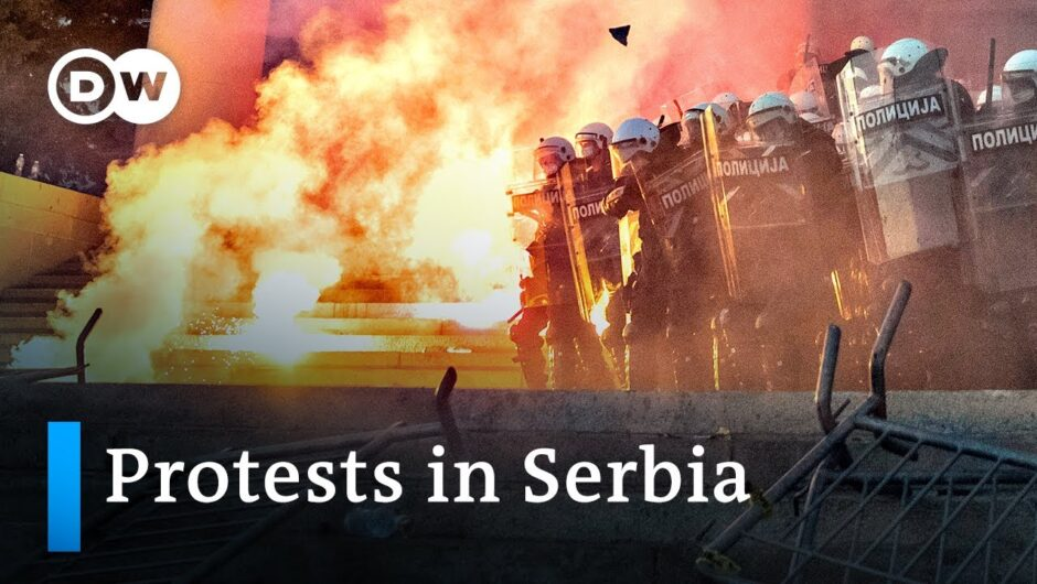 Serbia protests against the government's coronavirus response turn violent | DW News